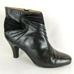 Söfft Women's Black Leather Ankle Boots
